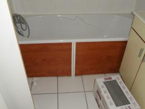 baignoire salle de bain hotel