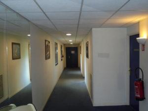 peinture couloir hotel